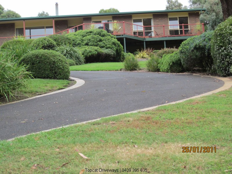 Upper-Beaconsfield-Driveways